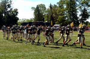 Football Players 2007 Opener.jpg